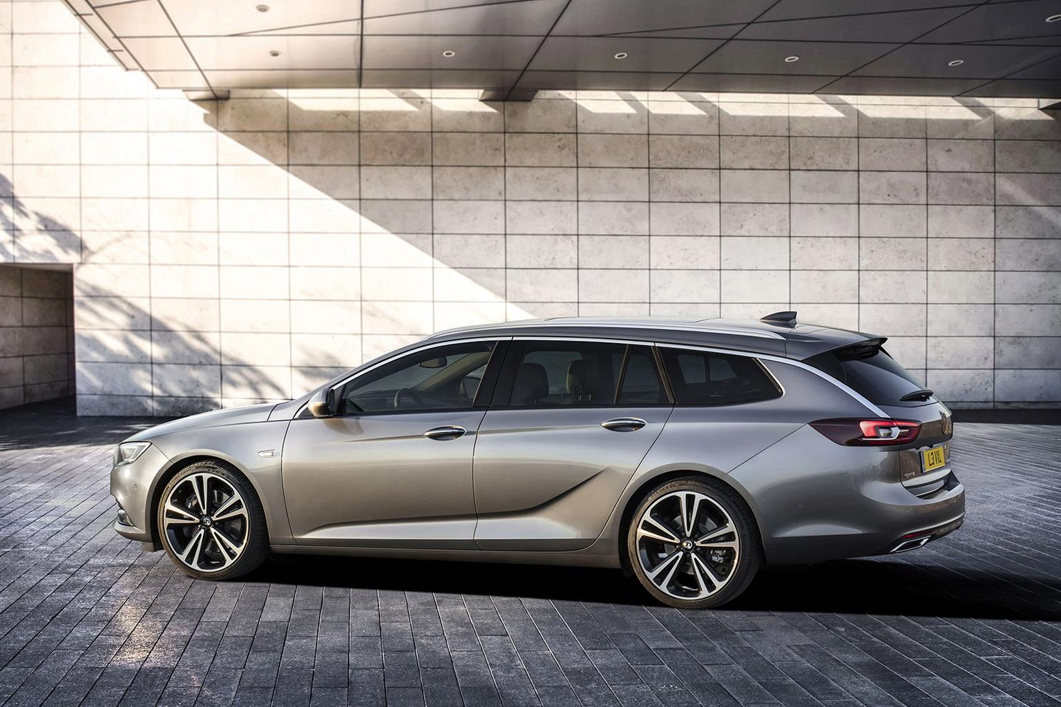 New Vauxhall Insignia Sports Tourer to arrive this summer