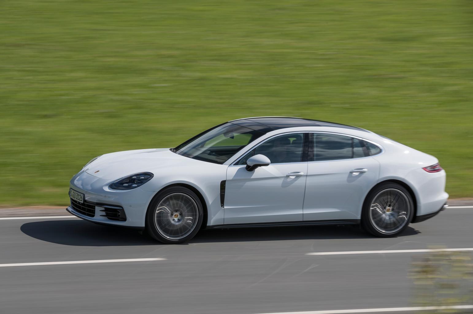 2016 Porsche Panamera 4S Diesel review