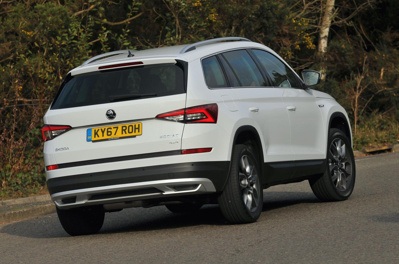 2017 skoda kodiaq scout review price specs and release. Black Bedroom Furniture Sets. Home Design Ideas