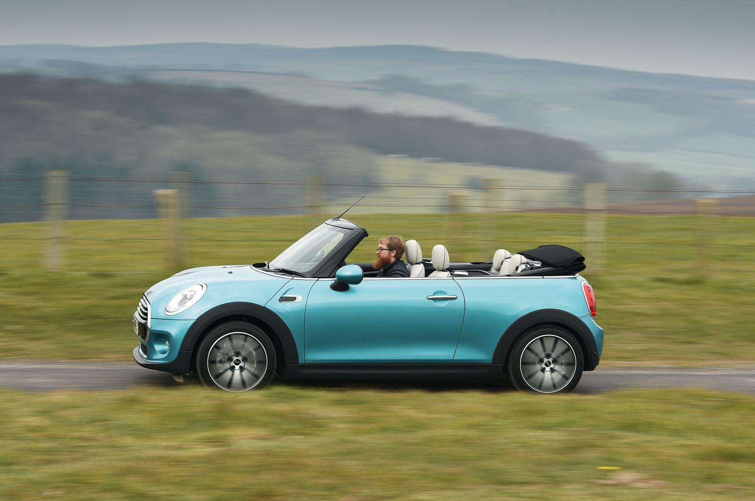 DS 3 Cabrio vs Fiat 500C vs Mini Convertible