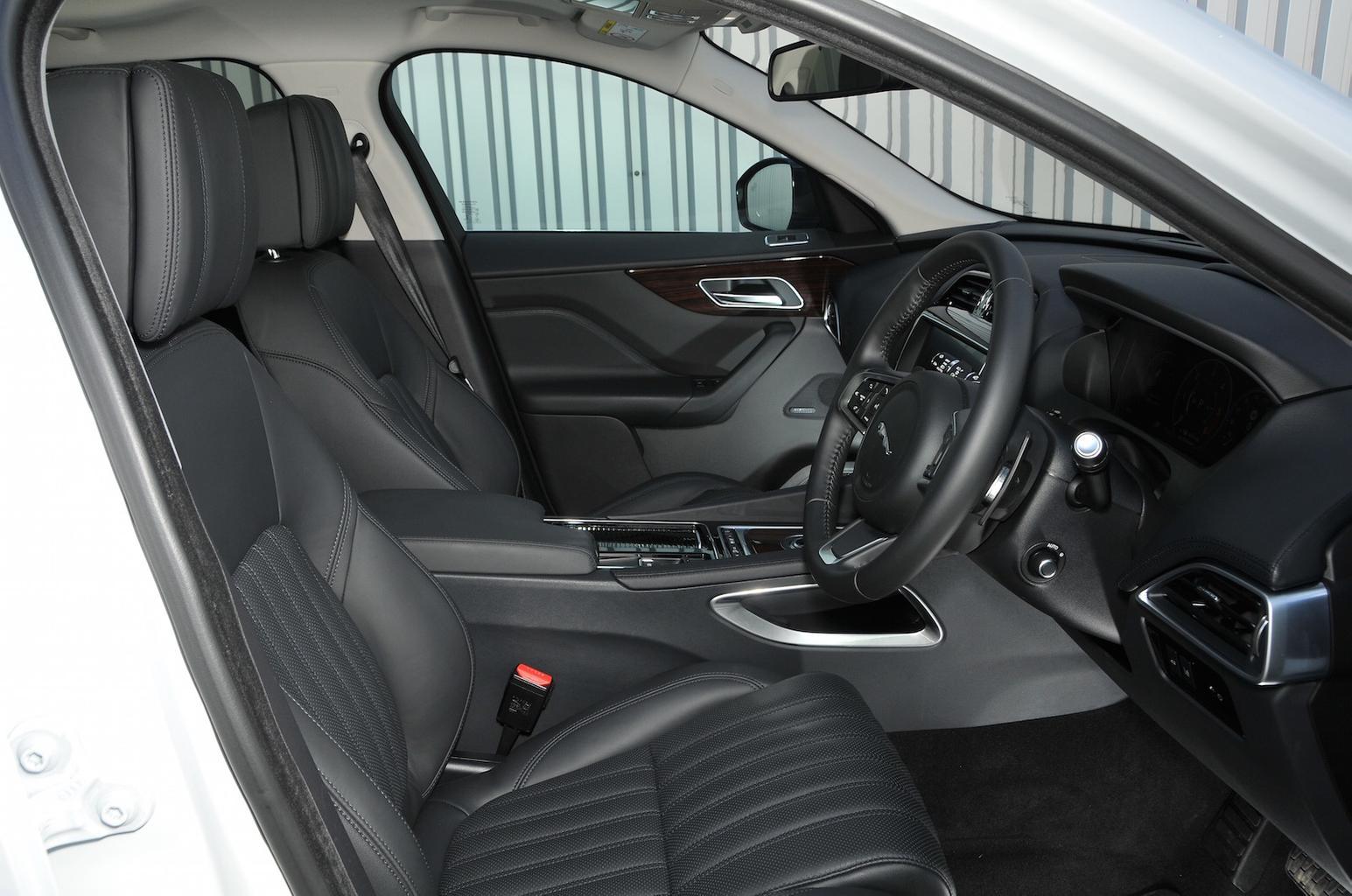 2017 Jaguar F-Pace 25d 240 review