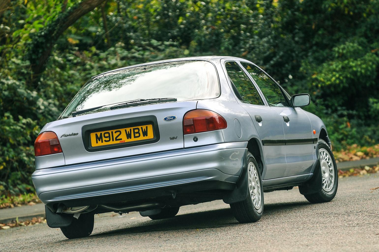 1993 Ford Mondeo 1.8 GLX – Rewind Wednesday