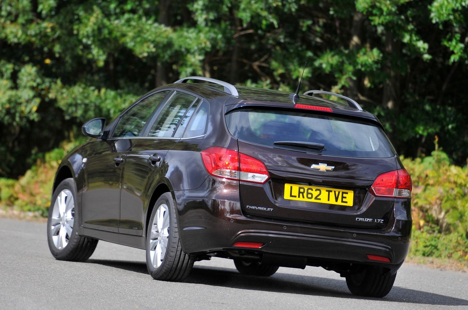Used Ford Focus Estate vs Kia Cee'd SW vs Chevrolet Cruze SW