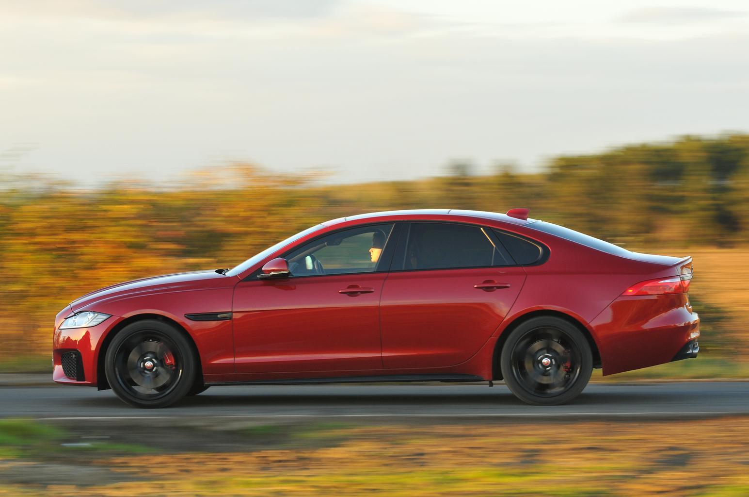 New BMW 5 Series vs Jaguar XF