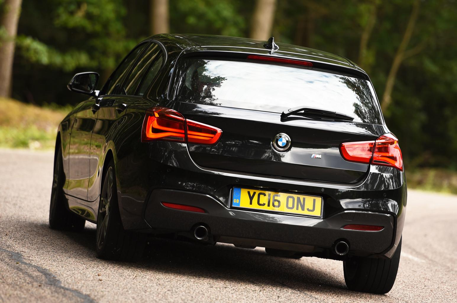 BMW M140i vs Honda Civic Type R
