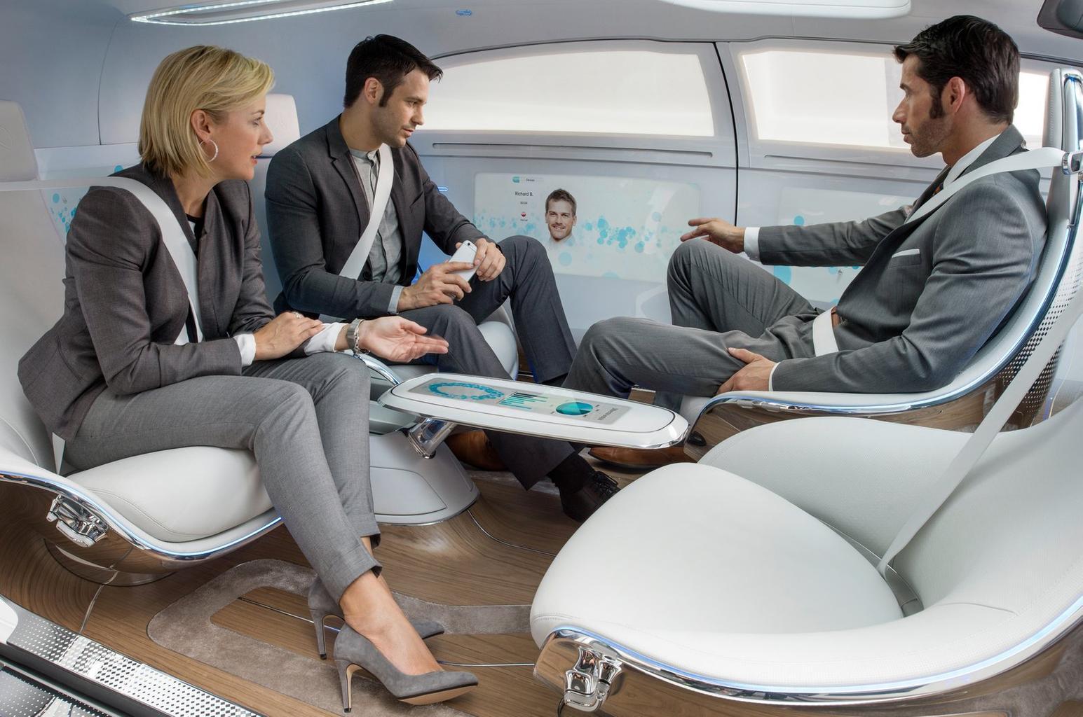Semi-autonomous cars present safety risks, drivers warned