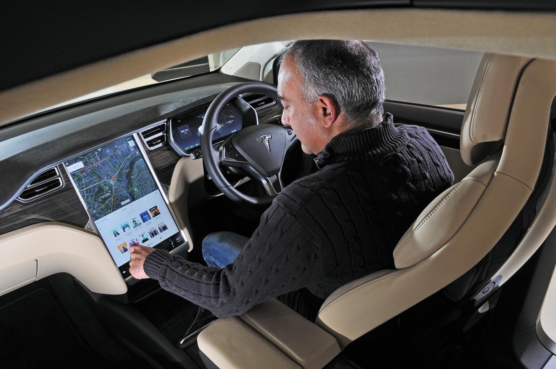 2017 Tesla Model X reader test team review