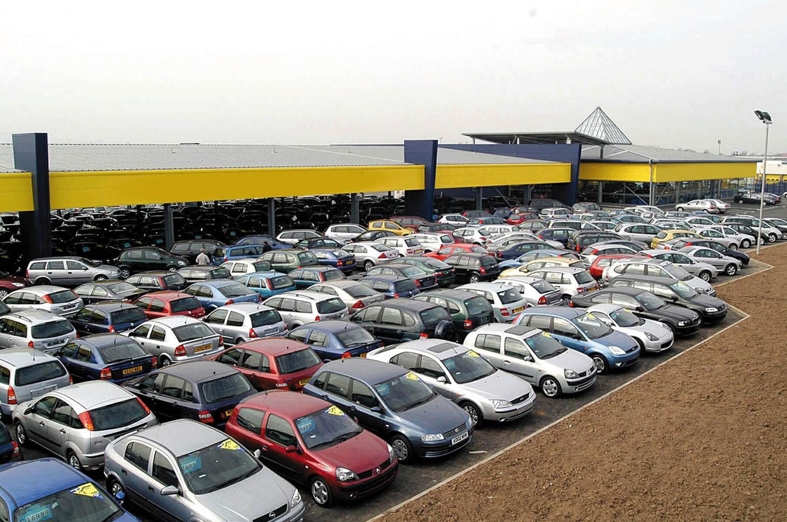 Car mis-selling scandal - second-hand car buyers could get compensation