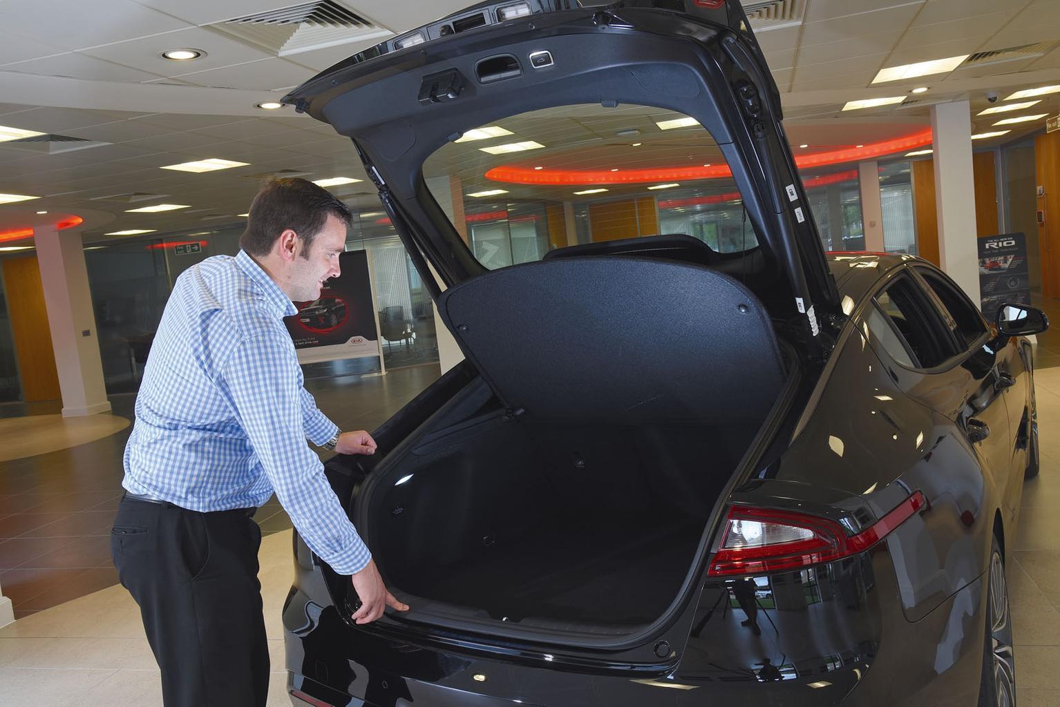 2018 Kia Stinger reader test team review