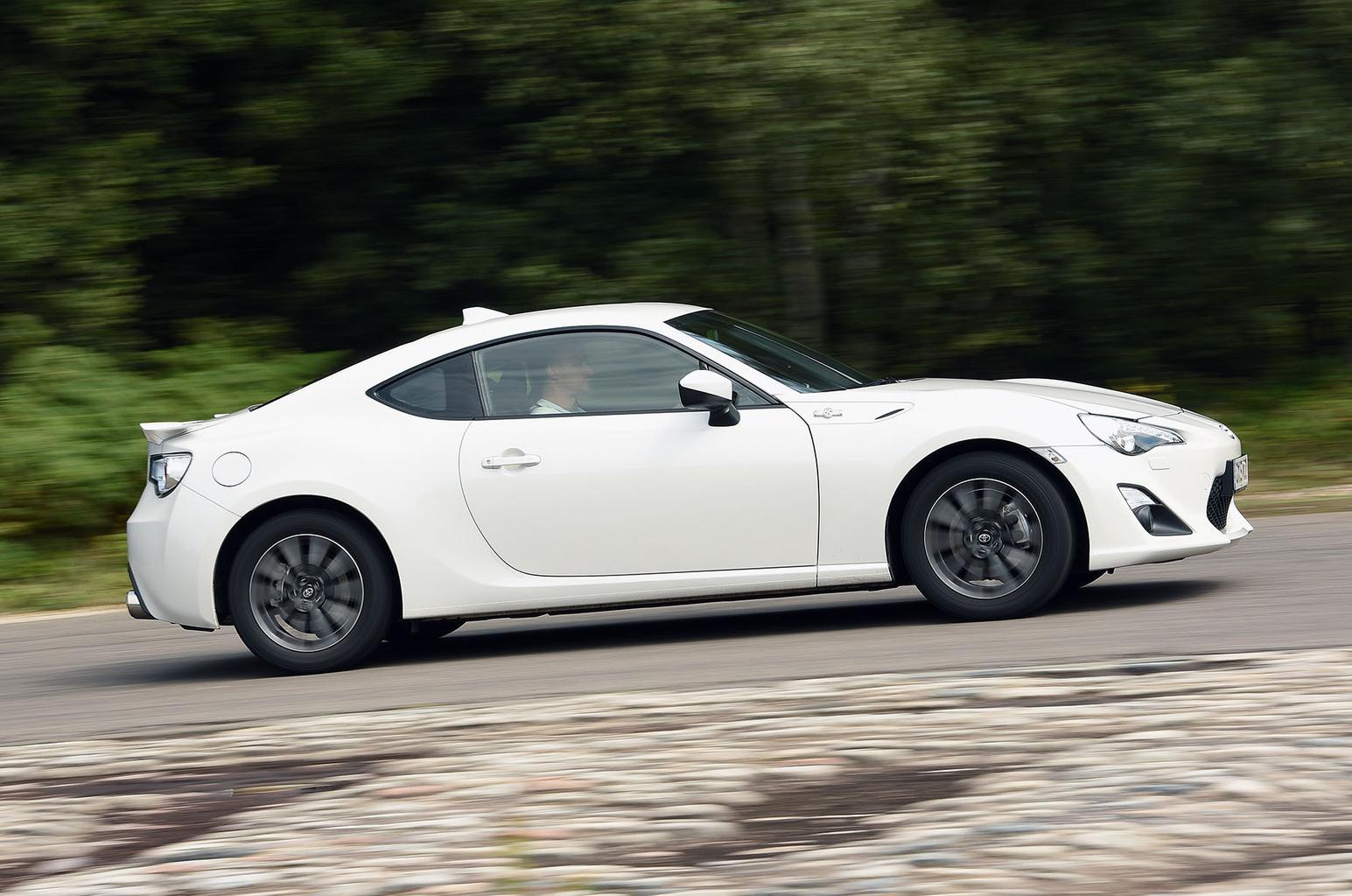 Used test: Mazda MX-5 vs Toyota GT86