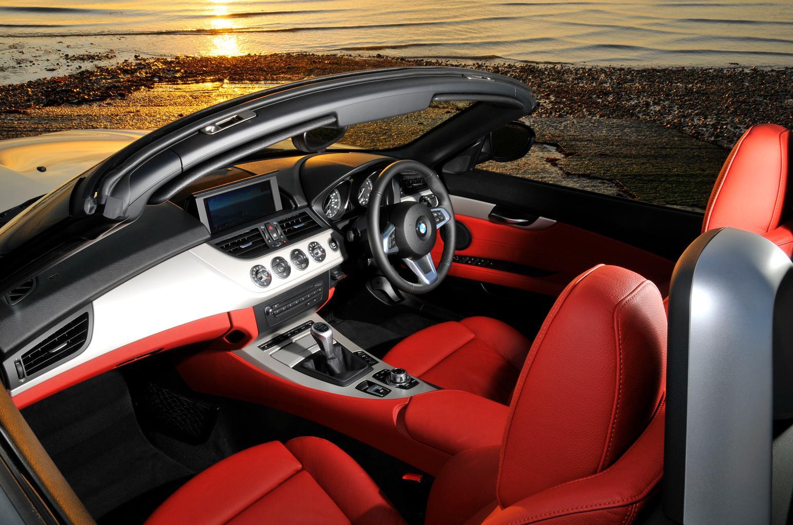 Used test – fun in the sun: Audi TT Roadster vs BMW Z4