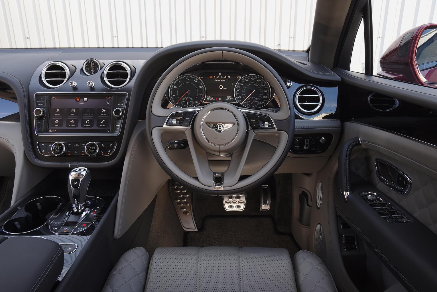 2018 Bentley Bentayga 4.0 V8 review – price, specs and release date