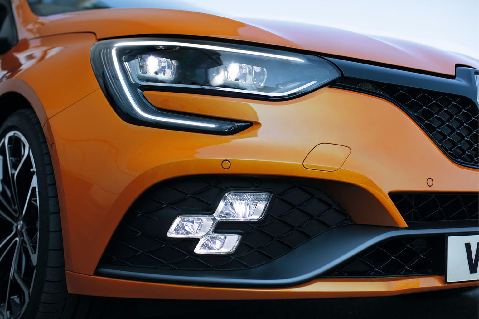 New Renault Megane RS revealed – interior and styling