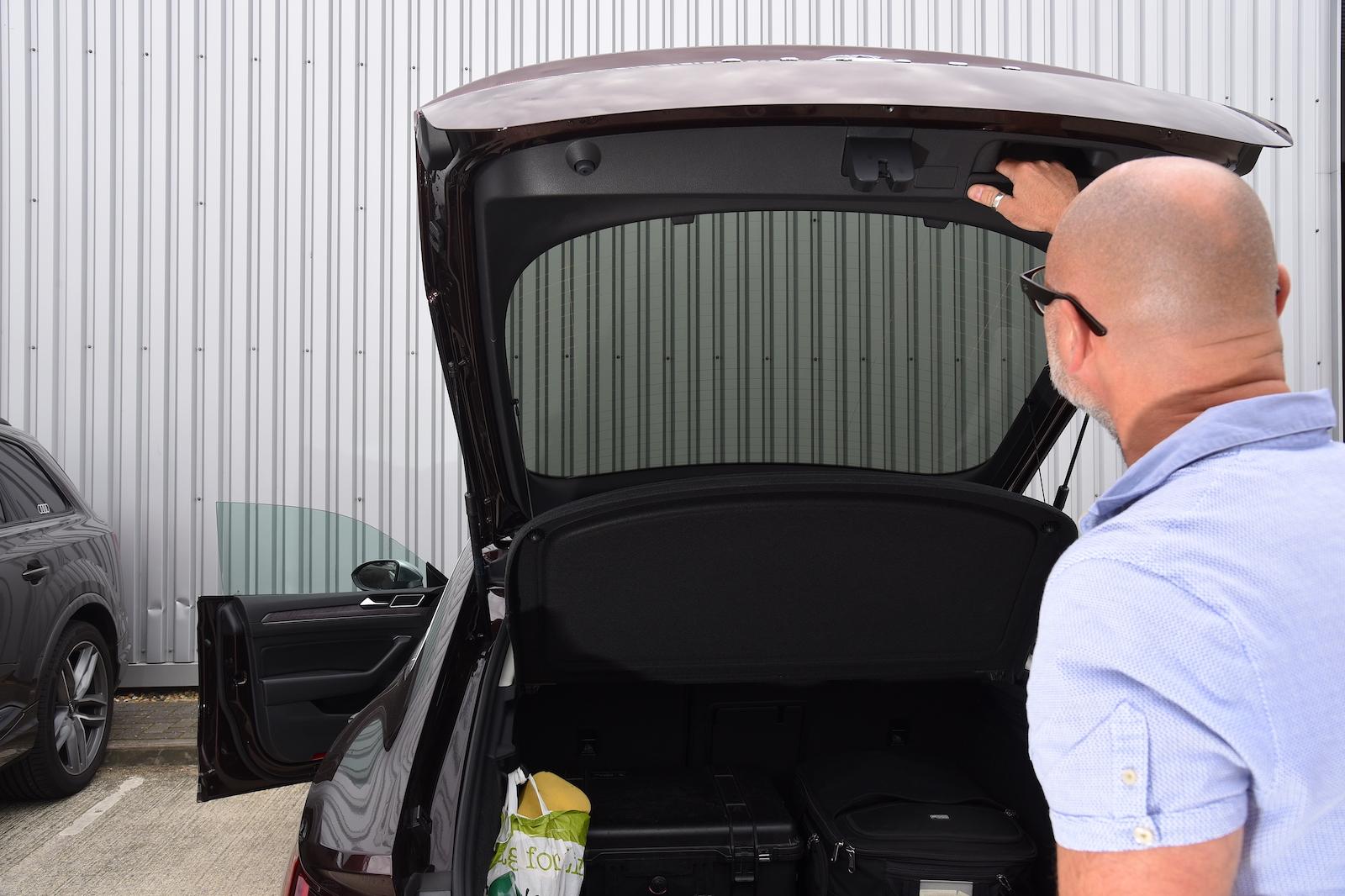 Volkswagen Arteon boot gaze