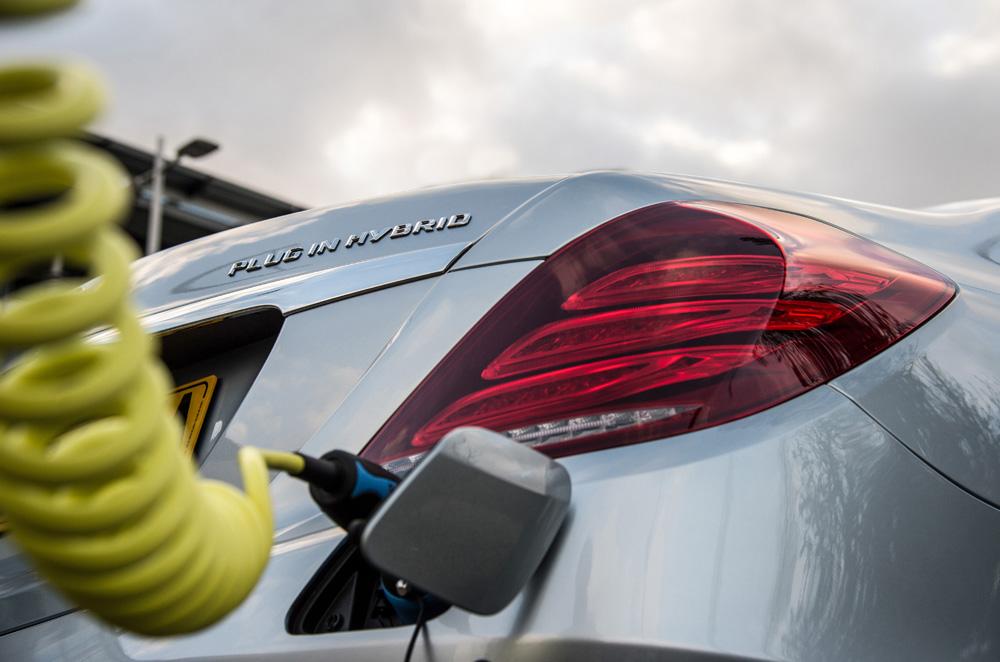 Mercedes E-Class plug-in hybrid charging