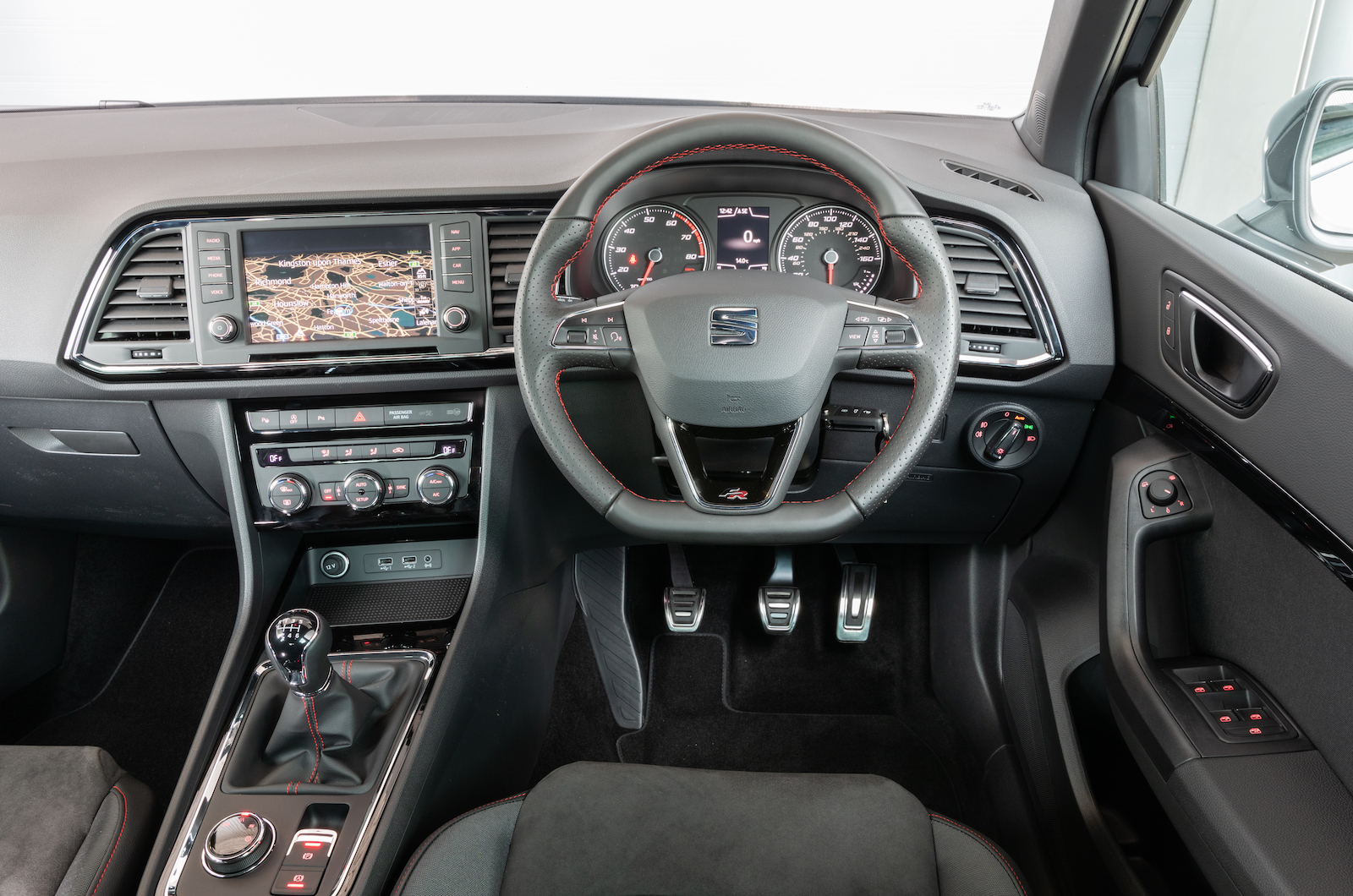 Seat Ateca FR Interior